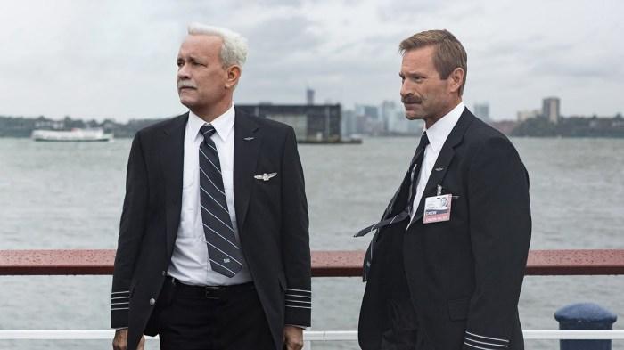 Un rôle qui semble avoir été écrit pour Tom Hanks. Excellent Aaron Eckhart aussi. Et quelle moustache !